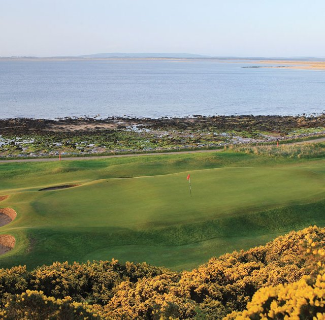 No. 10 hole at Royal Dornoch in Scotland.