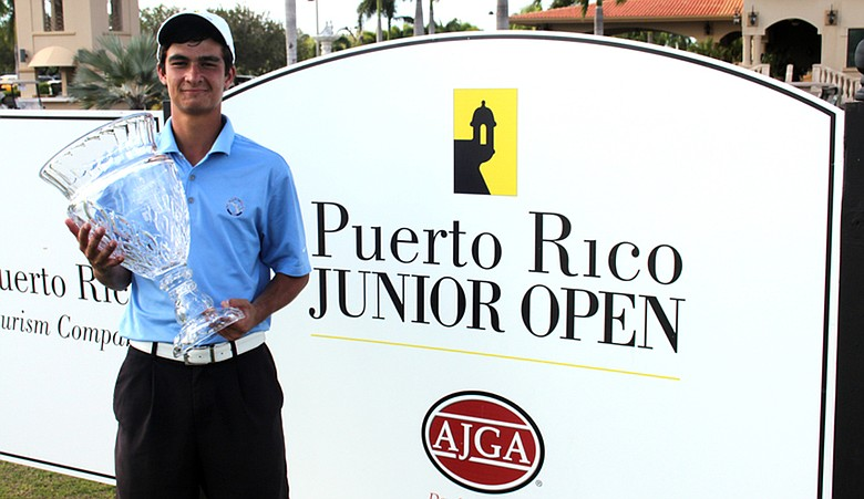 Edward Figueroa after winning the Puerto Rico Junior Open.
