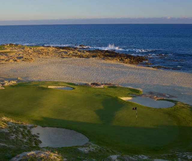 The new seaside seventh hole is the best of the alterations made to Cabo del Sol&#39;s Ocean Course.