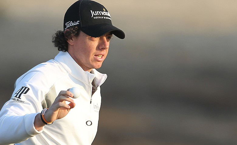 Rory McIlroy shot a 5-under 67 in the first round in Abu Dhabi.