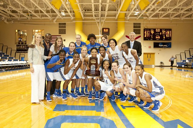 The Rollins Lady Tars beat Lander in the first round of the Elite Eight March 20.