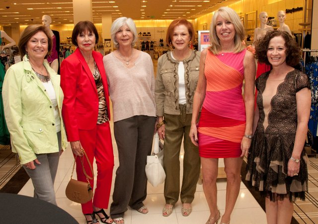 Over 100 women gathered at Bloomingdales on March 8th for the Jewish Pavilion fashion show at Bloomingdales where Karen Selznick was honored for her compassionate volunteer work.