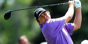 5 Things: Dufner getting used to the lead