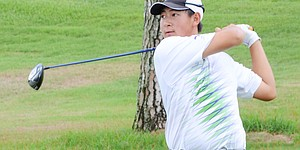 Sen (71) among leaders at World Junior Challenge