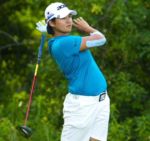Yani Tseng loses her club on the 11th hole during the first round at the 2012 U.S. Women's Open at Blackwolf Run in Kohler, Wis. on Thursday, July 5, 2012.