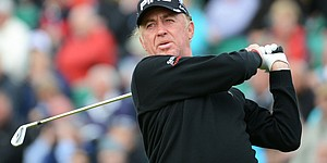 Jimenez breaks leg skiing; out 3-5 months