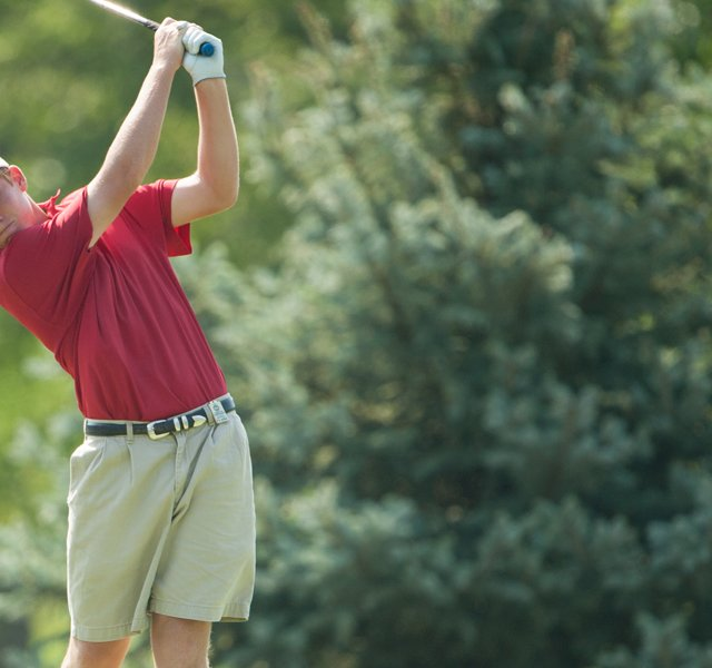 Robby Shelton fired a 2-under 70 to win the Junior PGA by three shots.