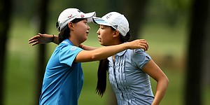 Relaxed Zhang takes down Women's Am medalist