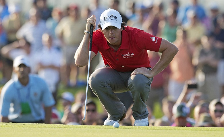 Rory McIlroy lines up a putt on the 18th green during the 94th PGA Championship.