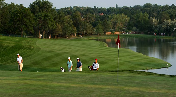 No. 18, seen from behind the green, could decide the 112th U. S. Amateur Championship at Cherry Hills Country Club in Colorado.