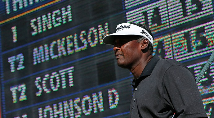 Vijay Singh (69) will start Sunday's final round tied with Phil Mickelson (64) for the lead at 16 under.