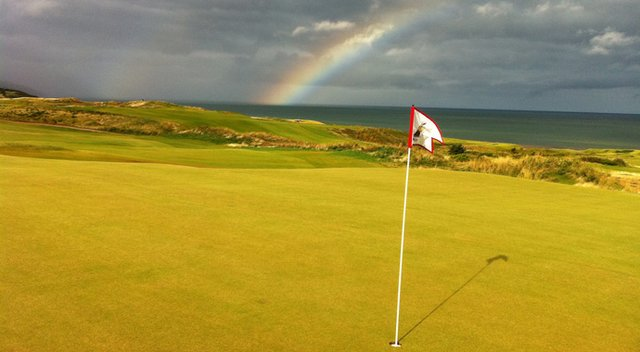 Looking across the green of par-4 fifth hole at Cabot Links.