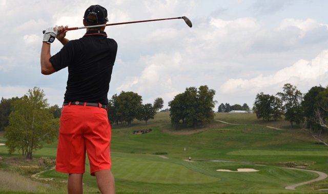 The Ball State men's golf team sported red pants on Monday at the Golfweek Conference Challenge.