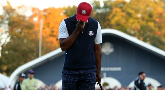 Tiger Woods will not play in the morning foursomes Saturday at the Ryder Cup.