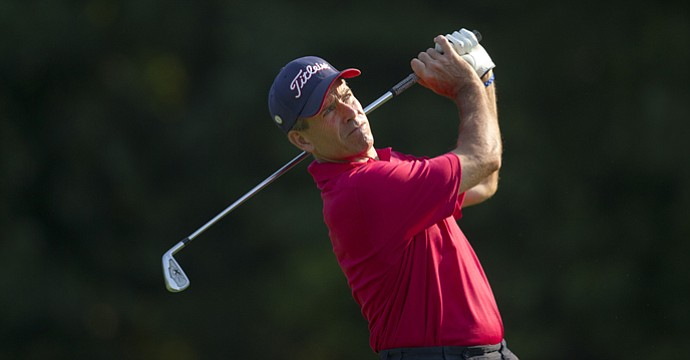 2011 USGA Senior Amateur champion Louis Lee