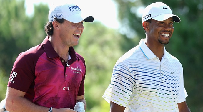 Rory McIlroy and Tiger Woods share a joke on Day 3 of the Turkish Airlines World Golf Final.
