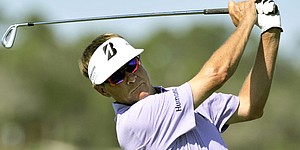 Love, Furyk tied for lead at Sea Island