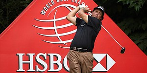 Mickelson in position for 3rd HSBC Champions title