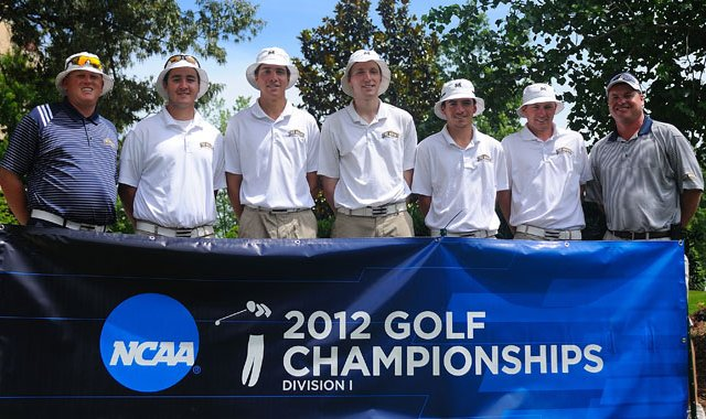 The Mount St. Mary&#39;s men&#39;s golf team at NCAA Regionals. The Mount won the 2012 Northeast Conference Championship, its first conference title in program history.