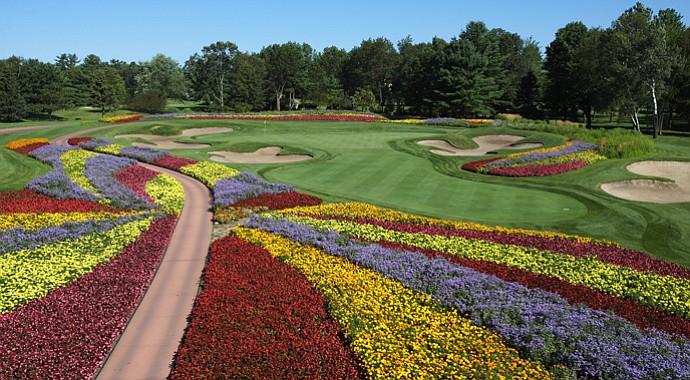 "The par-3 16th hole at SentryWorld is the ""flower hole."""