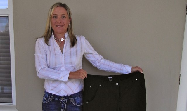 Karen Stupples measured the waist of her Solheim Cup trousers from September 2011 against a new pair and discovered she had dropped from 39 inches to 32 1/2. She has lost 38 pounds.