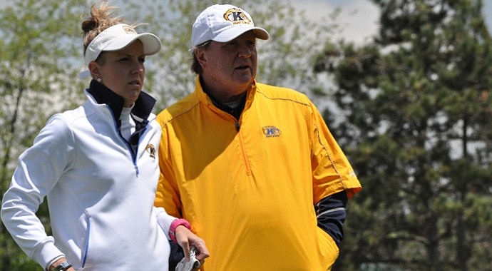 Kent State head coach Mike Morrow, right, with daughter and former player Mandi.
