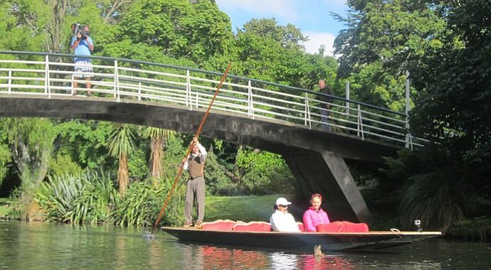 Sophie Gustafson (in white) and Anna Nordqvist (in pink) takes a trip down the Avon in Christchurch, New Zealand.