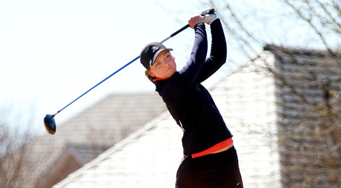 Hannah Wood won the Kathy Whitworth Invitational by one stroke at Mira Vista Country Club in Fort Worth, Texas.