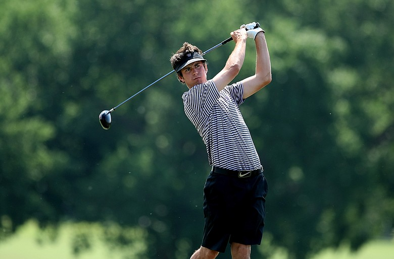 Washington's Trevor Simsby on Friday at the Southwest Regional Championship at Jimmie Austin Golf Club in Norman, Oklahoma. Washington is in first place after Round 2.