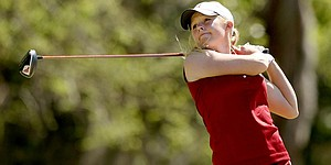 Alabama holds on for 3-shot Gator Women's victory