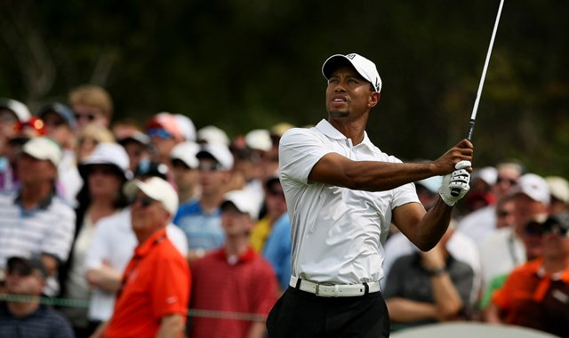 Tiger Woods hits his tee shot at No. 7 on Saturday at Arnold Palmer Invitational.