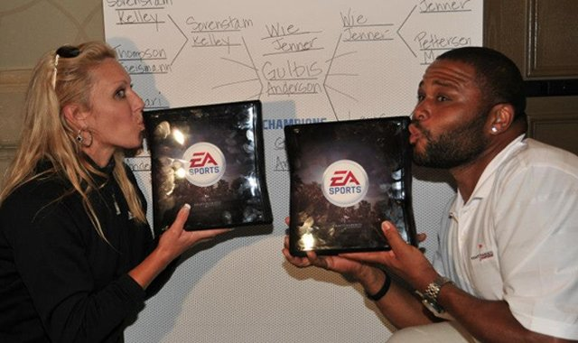 Natalie Gulbis (left) and Anthony Anderson won the first annual EA Sports LPGA Shootout.