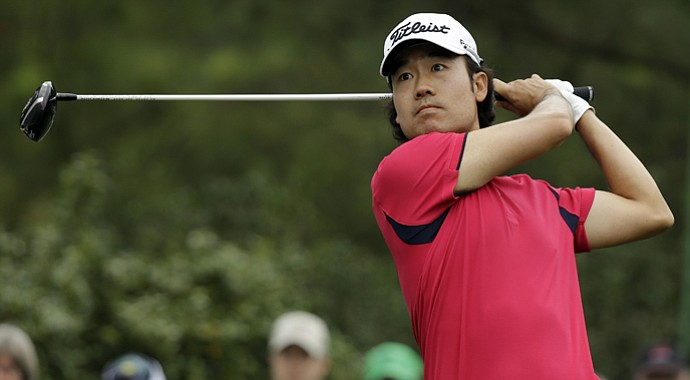 Kevin Na shot a 2-under 70 on Thursday, using adrenaline to overcome a bulging disk in his back that also causes leg pain.