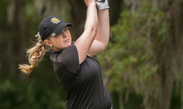 Ines Lescudier fired a 6-under 66 to win the Atlantic Sun Conference Championship.