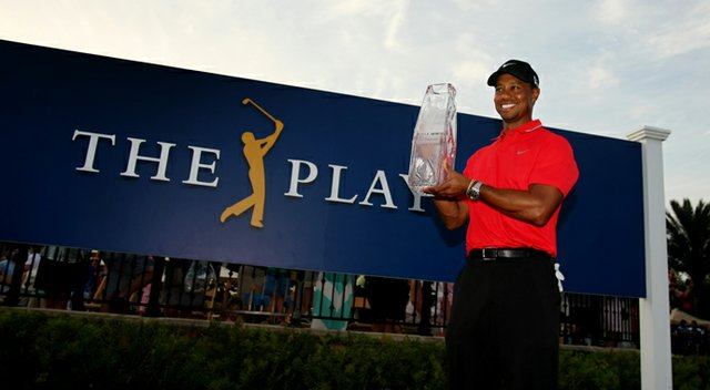 Tiger Woods fired a 2-under 70 and cleared the field by two shots at the Players Championship.