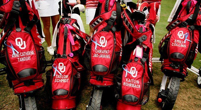 The Oklahoma Sooners bought ribbons for their bags in support of the tornado victims in Moore, OK.
