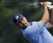 Tracker: Kuchar leads as play suspended at Colonial
