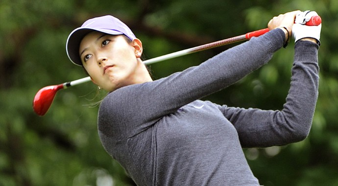 Michelle Wie stuck to less-than-driver for most of the day on Saturday, firing a 4-under 68 to get through the first two rounds at even par.