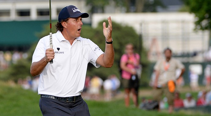 Is it Phil Mickelson's time? The five-time U.S. Open runner-up will take a one-shot lead into the final round at Merion on Sunday.
