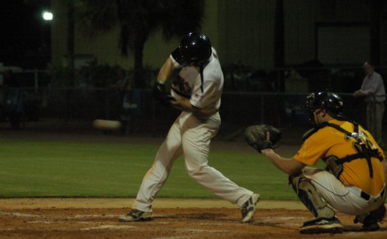 The Winter Park Diamond Dawgs edged Leesburg to take the league lead for the first time this season July 7.