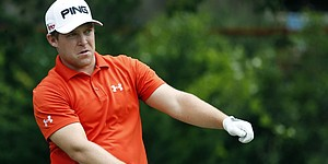 Summerhays leads as Sanderson Farms play suspended