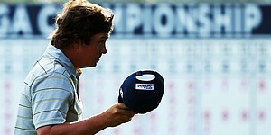 Dufner (63) ties major scoring record, seizes lead