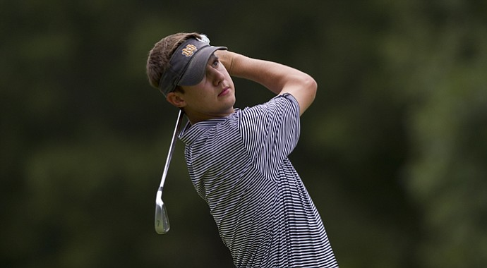 Matthew Mattare hits a shot during U.S. Mid-Amateur Stroke Play.