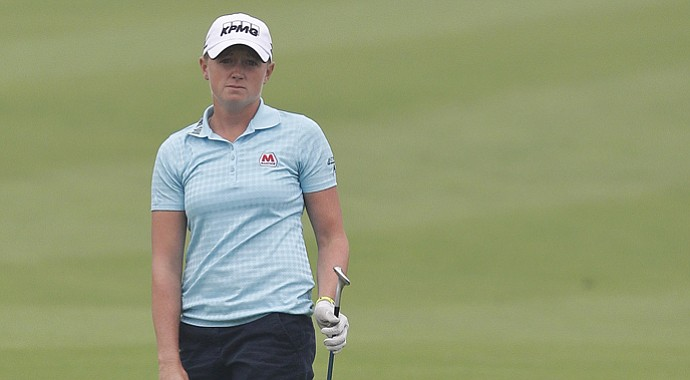 Stacy Lewis was criticized for tweets she posted after the final round of the Reignwood LPGA Classic.