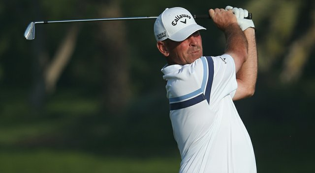 Thomas Bjorn fired a 5-under 67 on Friday to jump into contention in Abu Dhabi.