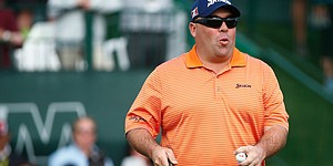 Stadler's win sets up father-son Masters