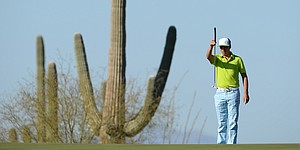 5 Things: Fowler stays hot; No. 1 seeds ousted