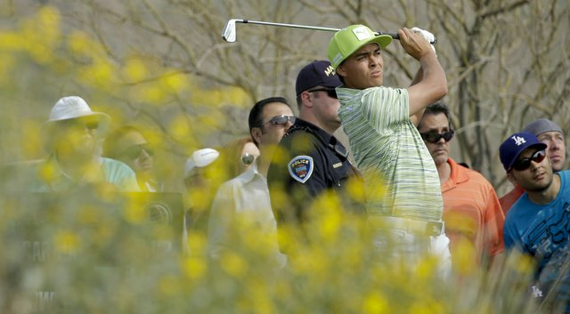 Rickie Fowler will take on Jim Furyk in the quarterfinals of the WGC-Accenture Match Play Championship.