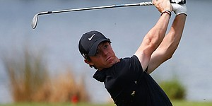 5 Things: McIlroy maintains; Woods sneaks in; more