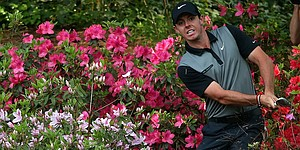 McIlroy shaky in making cut on the number